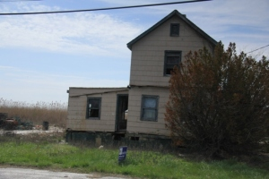 Abandoned house for sale - 2014.  How great would it be to fix this up?