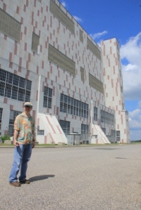 This building is HUGE. Paul poses to help give you an idea.