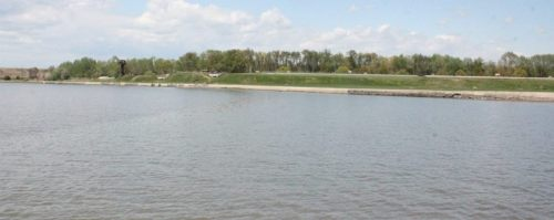 Fort Mott from the Delaware River. Doesn't look like much... until your boat is full of holes and on fire.